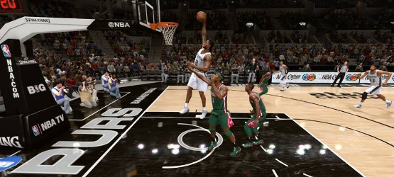 NBALive14ReviewDunk