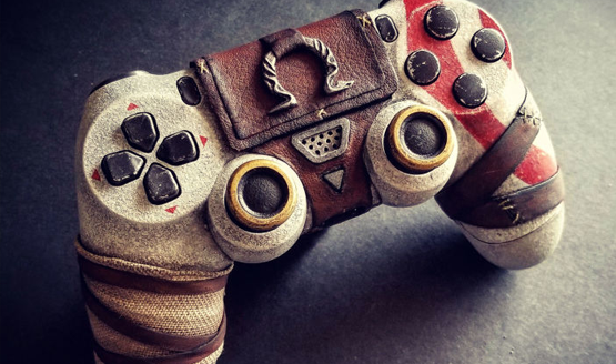 Custom God of War DualShock 4 Looks Sculpted From Stone
