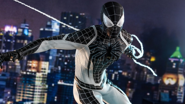 Hot Toys Unveils Glorious Figure Based on the Negative Suit in Marvel's Spider-Man